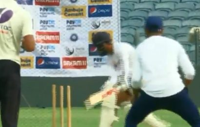 Virat Kohli all at sea against Ravindra Jadeja in the nets – Watch