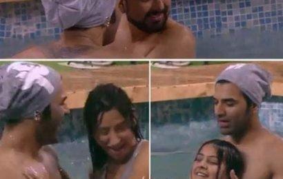 Bigg Boss 13: शाम ढलते ही स्वीमिंग पूल में उतरी घर की हसीनाएं, खुद पर काबू नहीं कर पाए Paras Chhabra और Siddhartha Dey