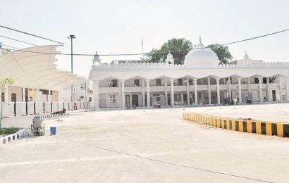 Punjab govt to deploy 800 e-ricks to ferry  pilgrims from parking spots to Gurdwara Sahib