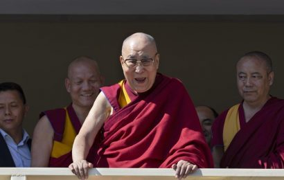 US lauds India's generosity for supporting Tibet's religious freedom, slams China