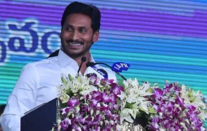 Jagan Mohan Reddy declares 'sand week' to ease shortage in Andhra