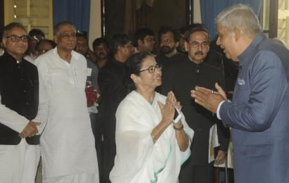 Governor and TMC soften stance, Dhankhar to attend Mamata Banerjee's Kali Puja on Diwali