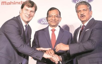 'M&M to buy 51% in Ford's India unit'