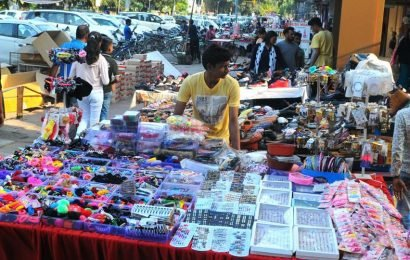 Relocate registered vendors within four weeks: HC to MC