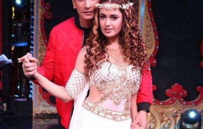 'You make me complete and beautiful,' Yuvika Chaudhary pens a love note for hubby Prince on their first wedding anniversary   Bollywood Life