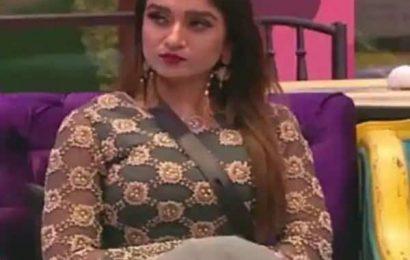 Bigg Boss 13: 84% people feel Shefali Bagga is eyeing Team Siddharth Shukla- view poll result | Bollywood Life