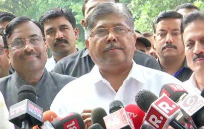 Maha BJP chief says Fadnavis to be CM; waiting for Sena's proposal