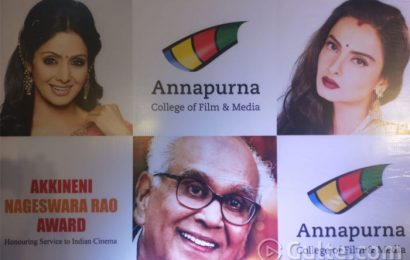 #ANRAwards: Sridevi And Rekha Gets The Honours