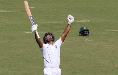 PHOTOS: India vs Bangladesh, 1st Test, Day 2