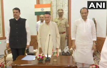 Fadnavis takes oath as Maha CM; Ajit Pawar his deputy
