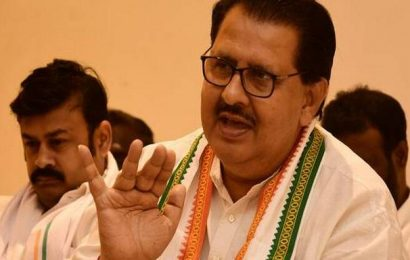 Withdrawal of SPG cover to Gandhis, a conspiracy, alleges AICC secretary