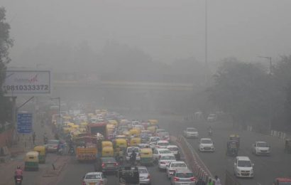 Air quality 'severe' for second day in a row in Delhi-NCR