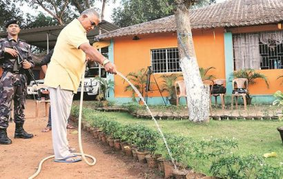 West Begnal: Confined to his Kharagpur bungalow, Dilip Ghosh steers BJP's poll day strategy