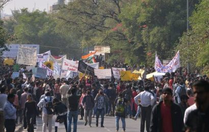 HRD Ministry appoints committee to recommend ways to restore 'normal functioning of JNU'
