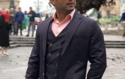 Karan Patel returns to Yeh Hai Mohabbatein and we wonder what happens to Chaitanya Choudhary   Bollywood Life