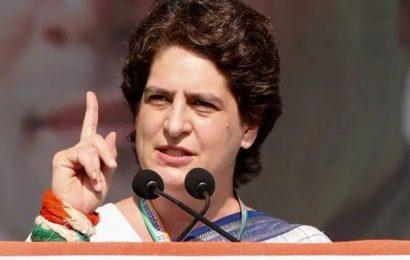 Priyanka Gandhi writes to UP CM Adityanath on girl's death, seeks probe