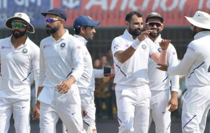 Ind vs Ban | Bangladesh wobble to 60/4 at lunch after India declare at 493/6