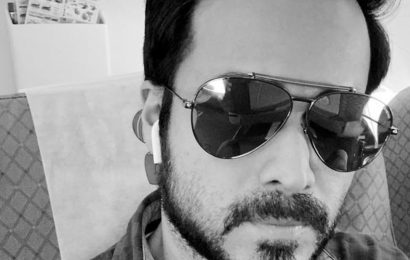 Emraan Hashmi takes off for Delhi to shoot for Chehre, flags air pollution. See pic