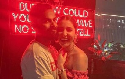 Anushka Sharma gets a hug from Virat Kohli after her strong statement,  calls him 'light that never goes out'. See pics