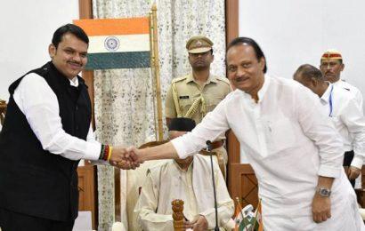 President's rule revoked in Maharashtra at 5:47 am