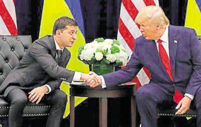 Top US officials say Donald Trump's Ukraine call 'improper', 'unusual'