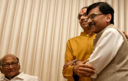 'It's a historic day': Sena's Sanjay Raut ahead of Uddhav Thackeray's oath ceremony as Maharashtra CM