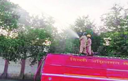 Directive from Chief Secy: 20 fire tenders at pollution hotspots to disperse pollutants