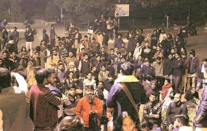 HRD ministry-appointed panel reaches JNU to hold talks with students