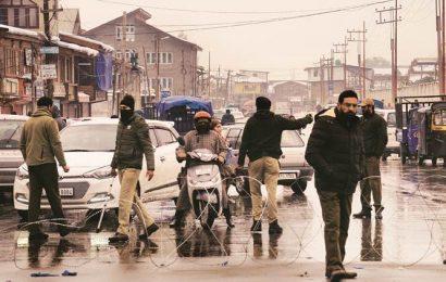 Supreme Court reserves verdict on pleas challenging curbs in Jammu-Kashmir