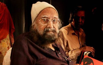 'Women, Sex, Love and Lust': Railway official objects to Khushwant Singh's 'obscene' book at stall