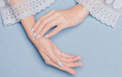 Steps to achieve gorgeous hands with the perfect manicure, right at home