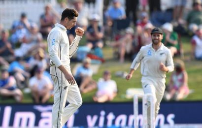 Mitchell Santner strikes as New Zealand take control of first England test