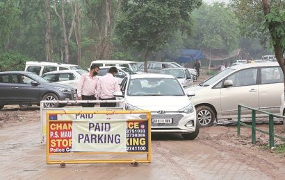No flat rates, parking charges outside Chandigarh malls to increase after four hours