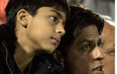Aryan Khan fighting it out with daddy Shah Rukh Khan over a football match in this throwback video is unmissable | Bollywood Life