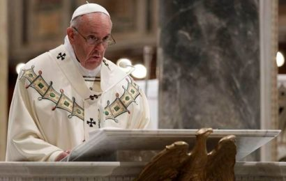 Pope Francis demands big tech do more to tackle porn