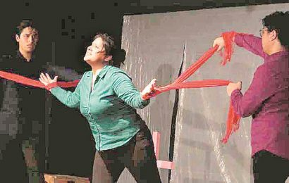 Theatre fest ends with play on femicide in Mexican city