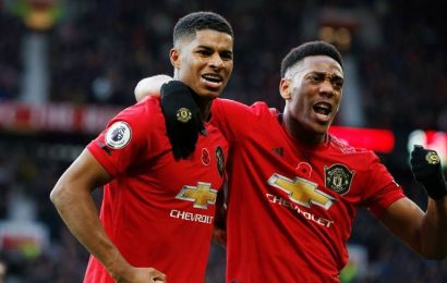 Manchester United earn 3-1 win over Brighton, Wolves move into top eight