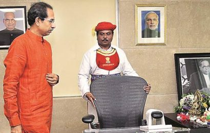 Day 1: Uddhav stays Metro car shed work, not project