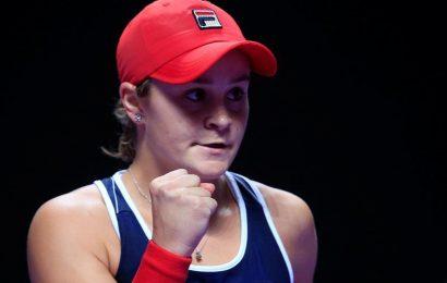 Ashleigh Barty comeback sets up WTA decider against Karolina Svitolina