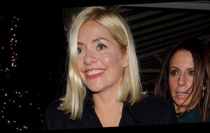 Holly Willoughby flashes huge smile as she shrugs off Phil feud rumours