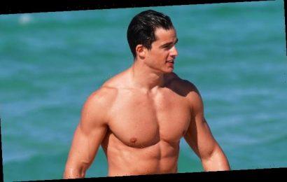 Hot Model Pietro Boselli Hits the Beach in a Speedo in Miami!
