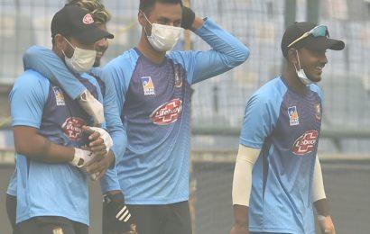 Smog in Sydney reminded me of India: Khawaja