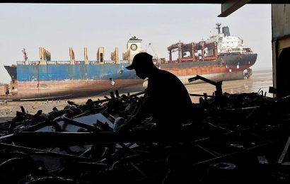 India eyes 60% share of global ship recycling biz