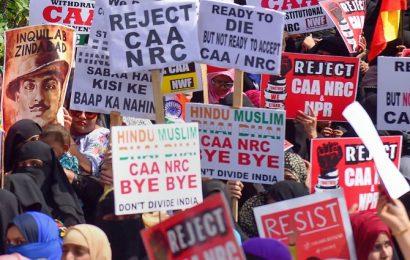 War of words between Congress, BJP over NRC