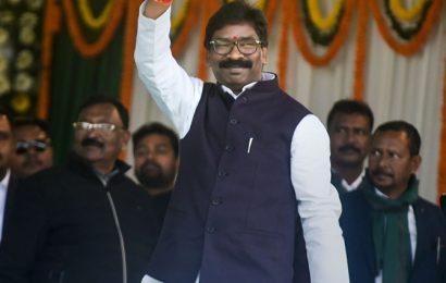 Hemant Soren takes oath as 11th CM of Jharkhand