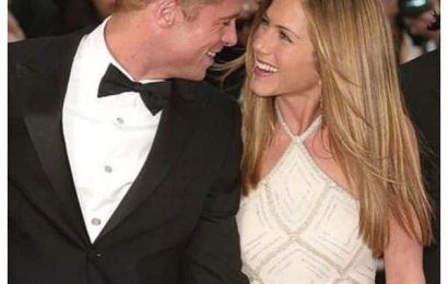 Are Brad Pitt and Jennifer Aniston back together? Here's what we know | Bollywood Life
