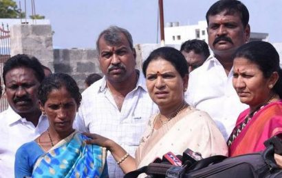 Telangana has become a haven for boozers: Aruna