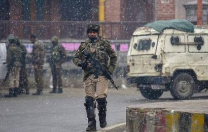 Home Ministry orders withdrawal of over 7,000 paramilitary personnel from Kashmir