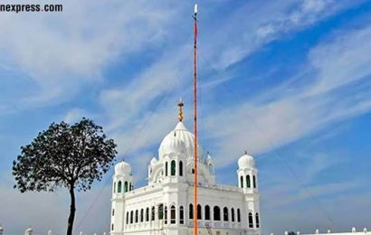 Indian woman who tried to flee with Pakistani Facebook friend sent back from Kartarpur