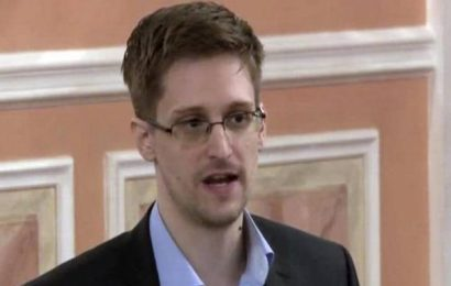 Judge rules in favour of U.S. effort to take Edward Snowden's book money